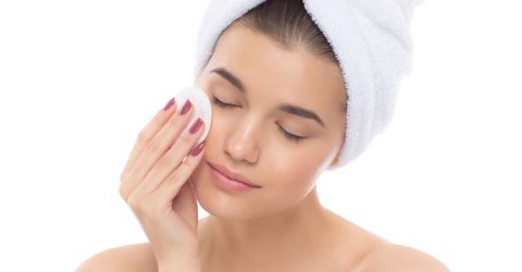 Protect your skin from monsoon woes